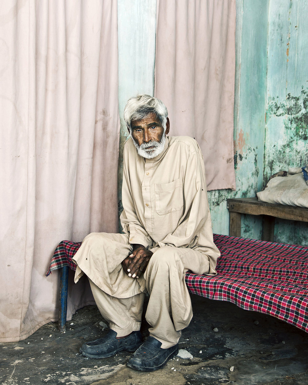 The Father, Pakistan by Anna Hiux