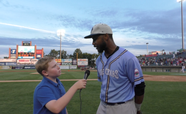Talking with former major leaguer L.J. Hoes after the game