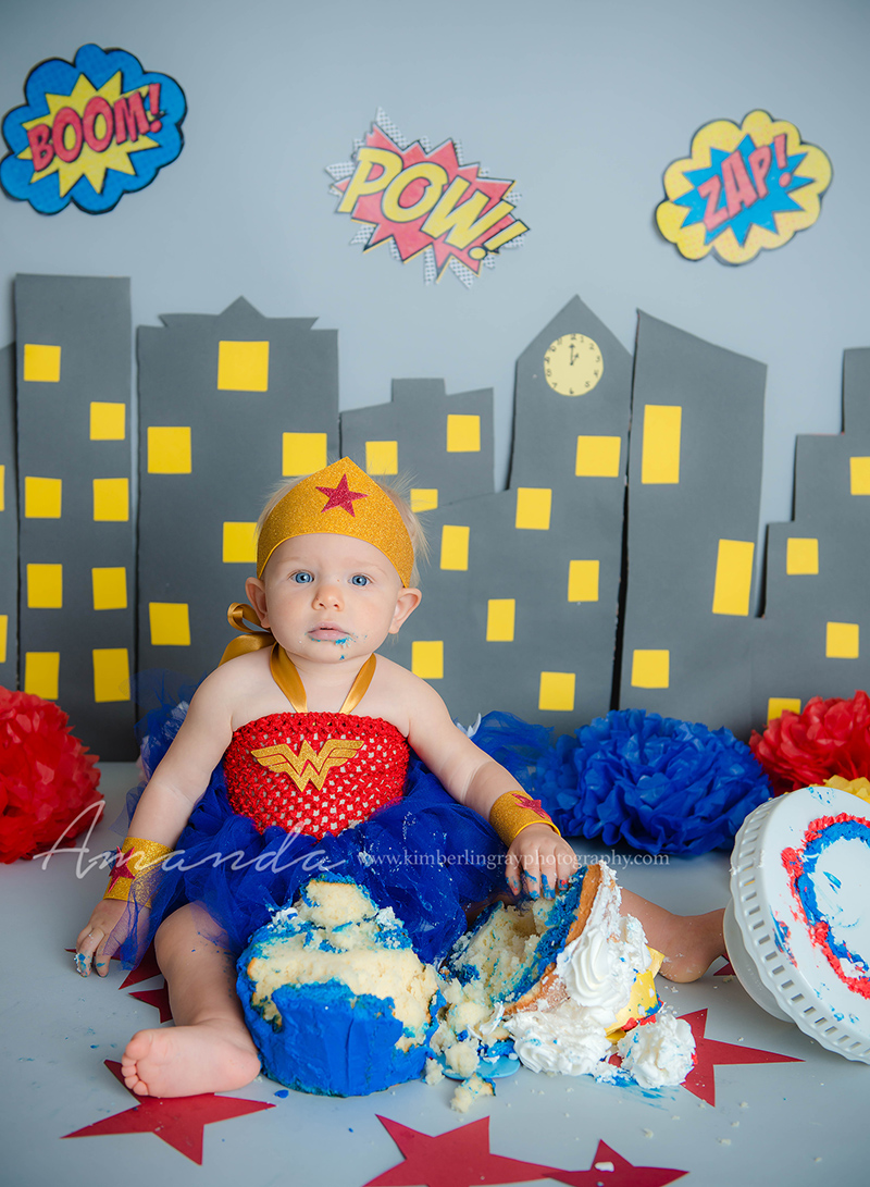 wonder woman super hero birthday cake smash