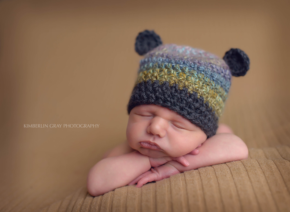 Virginia Beach Newborn pose with hat