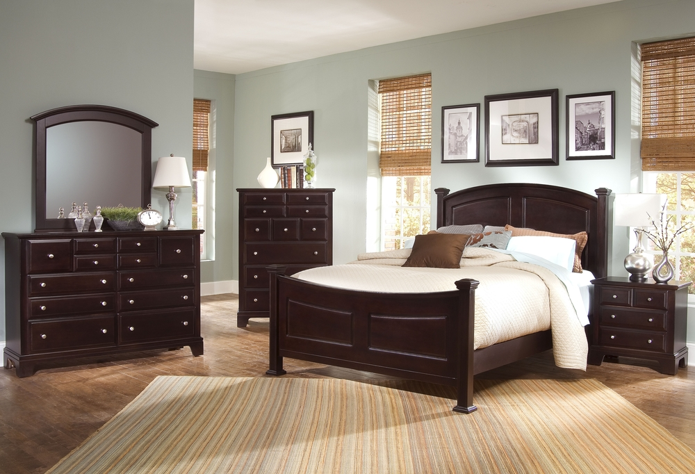 (bb4)bed w chest.jpg