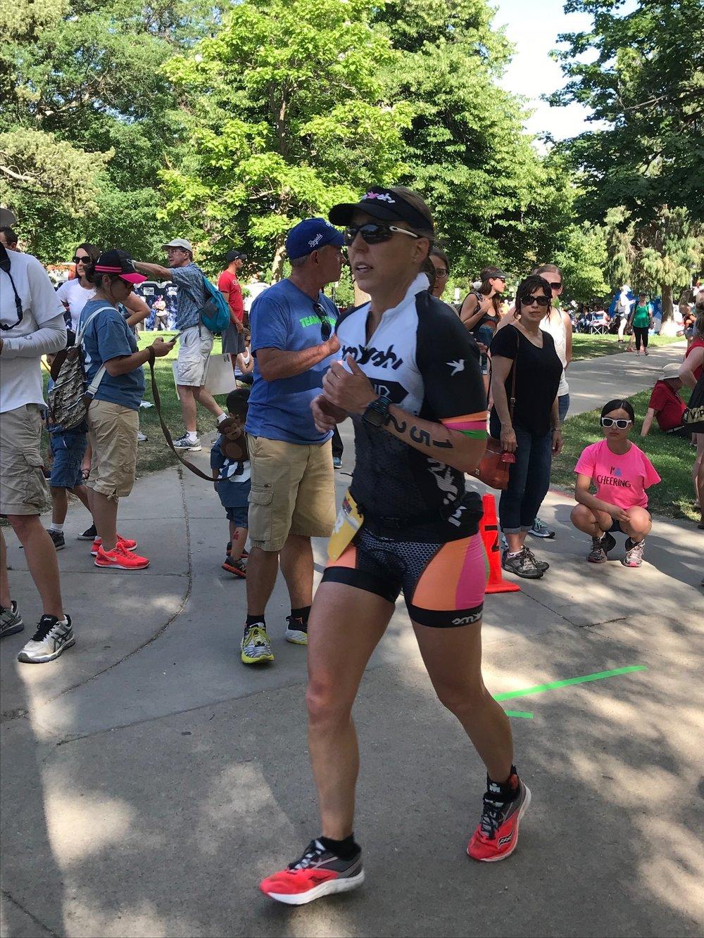 Amy in laser-like pursuit of the finish line. Photo credit goes to Jen Rydelski Jardeleza.