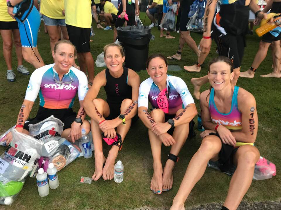 Chillin' with my  Smashfest Queen  teammates before the start. Amy Hite, Sarah Peltier, and Margie McParland. Photo credit: Amy Hite.