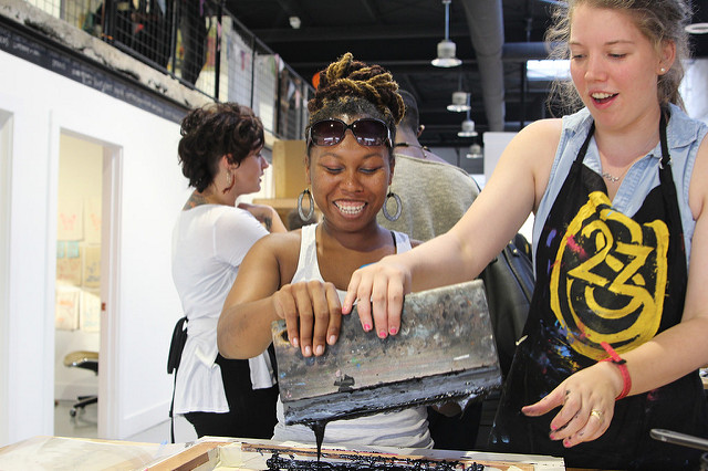 Learn how to screen print with hands-on classes for all-levels in Richmond's awesome Scott's Addition neighborhood!