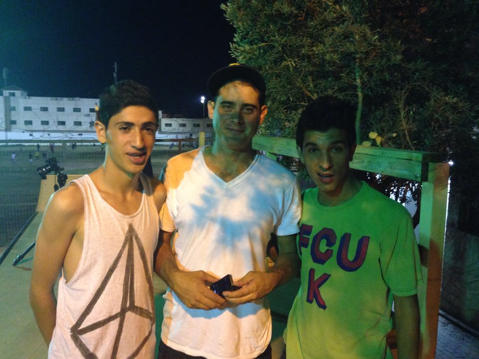 Aram and Adham meet Kenny Reed at the Tashkeel ramp in Qalqilya.