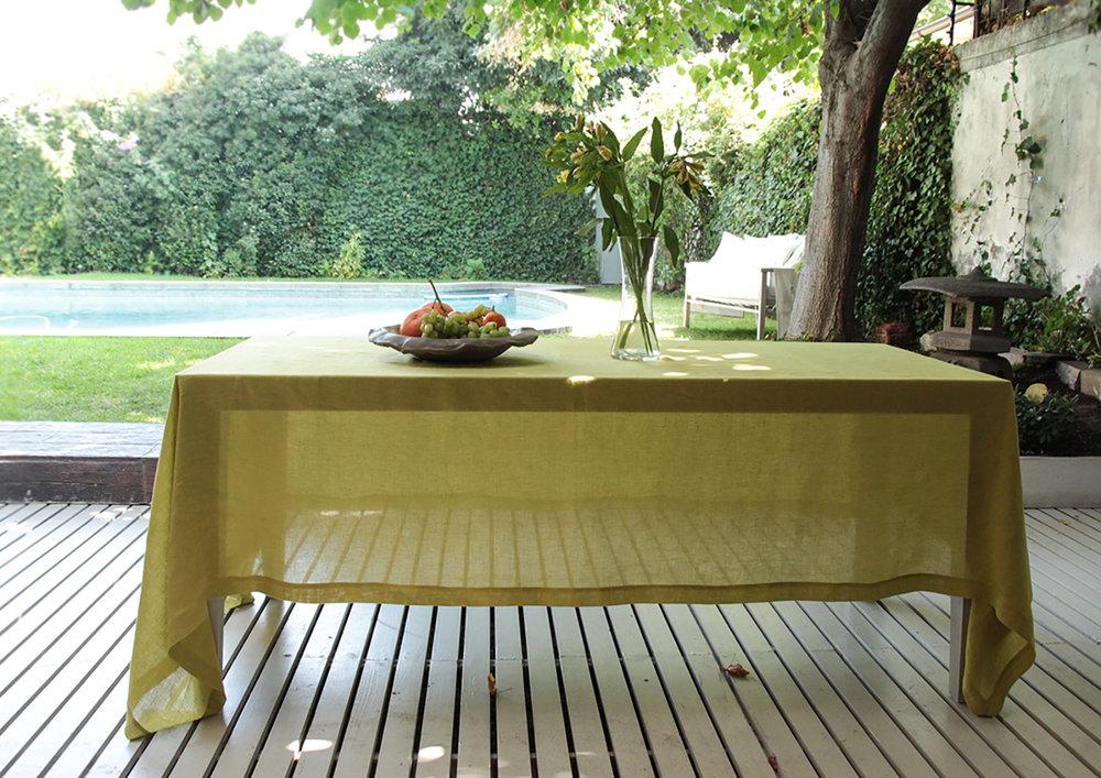 4. Table Colomba Living  .jpg