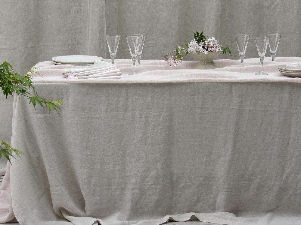 9. Table Colomba Living  .jpg