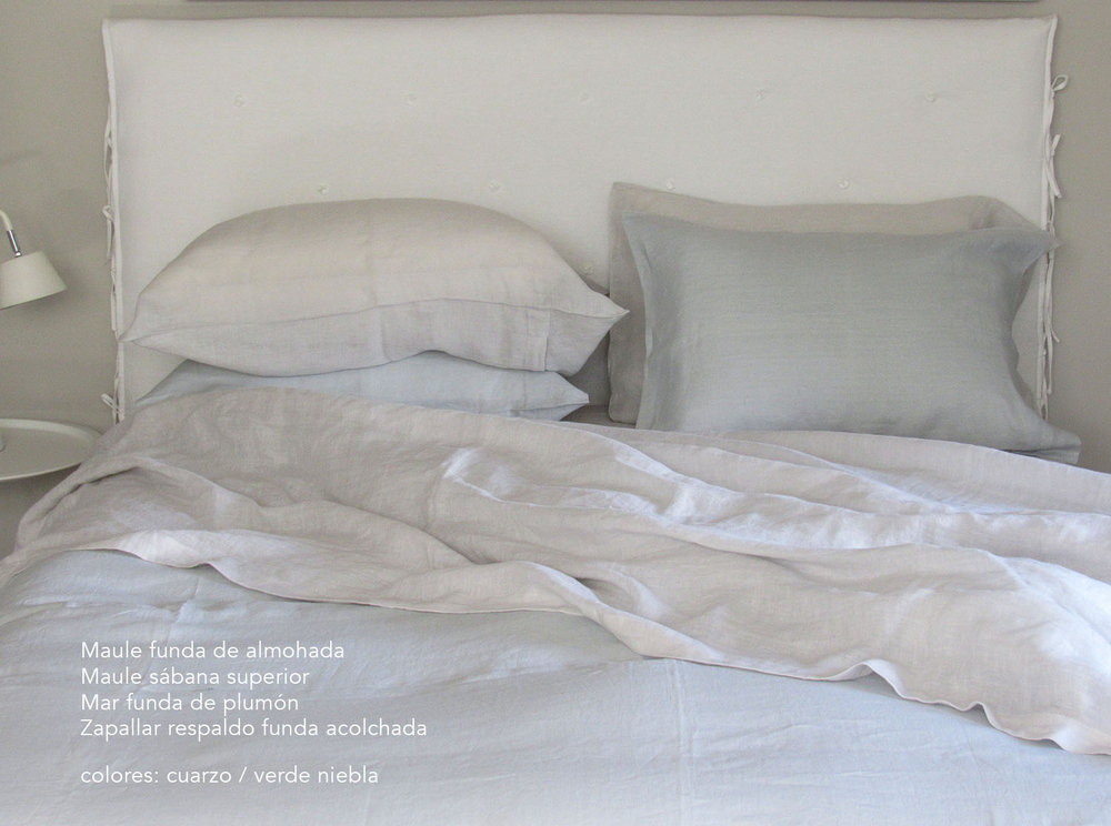 15. Colomba Living Bed description es .jpg