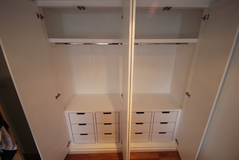 Spray finished wardrobe interior