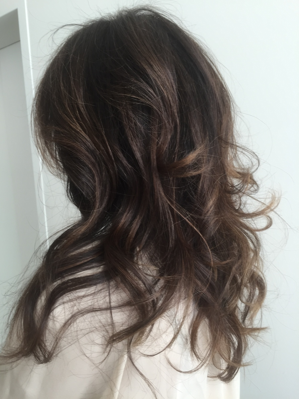 HairColorByCarlos-brunette-loose_curls.JPG