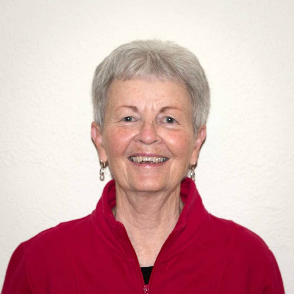 Mary Lou Hoff