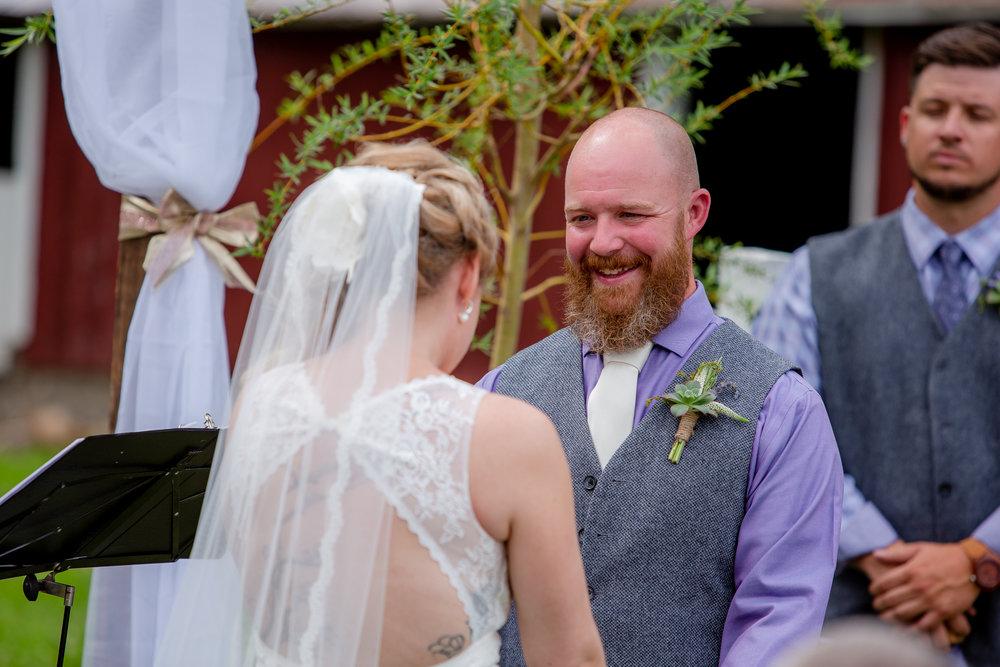 Wedding-Weaver-View-Farms-Penn-Yan-9276.jpg