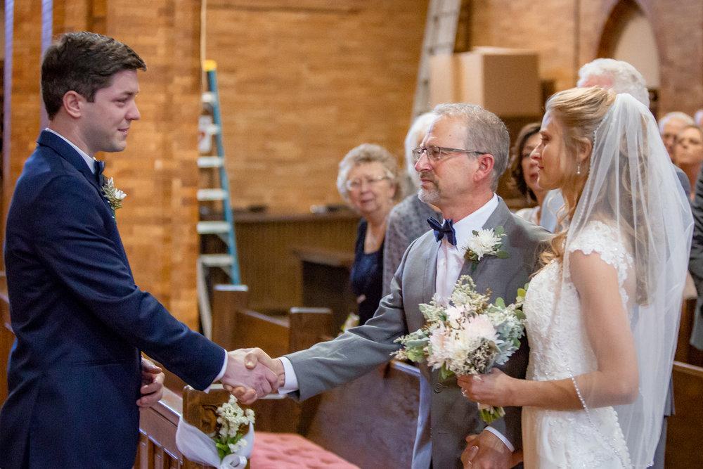 Ventosa-Vineyards-Geneva-NY-wedding-4793.jpg