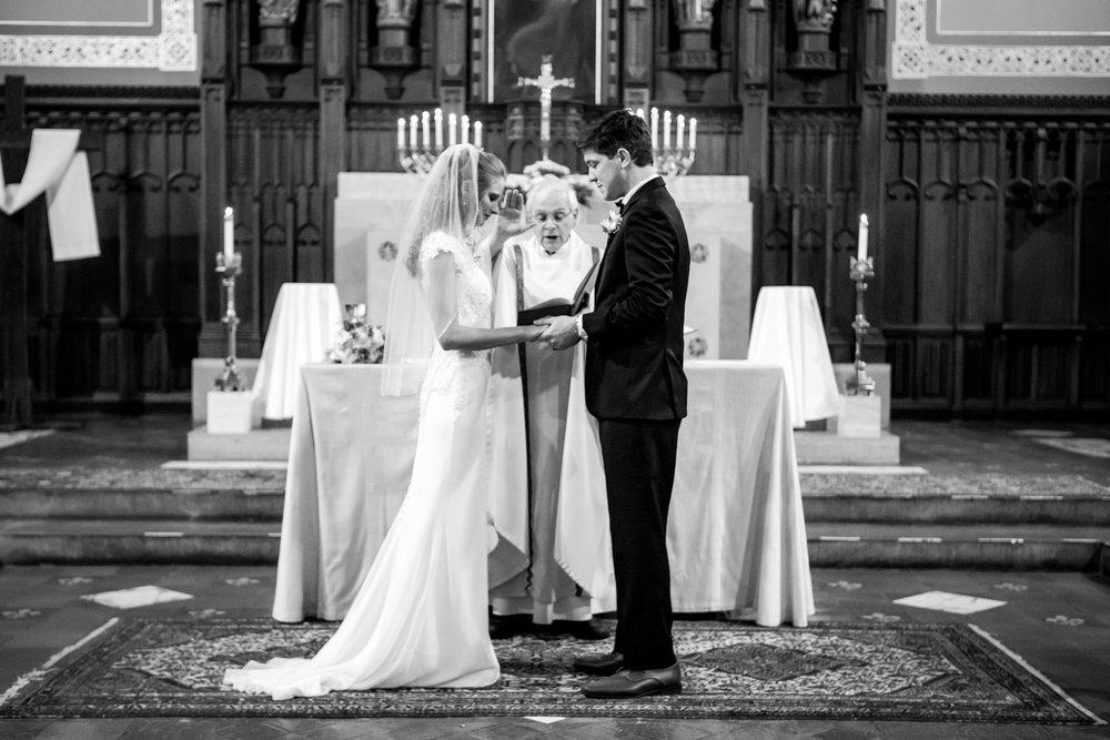 Ventosa-Vineyards-Geneva-NY-wedding-4943.jpg