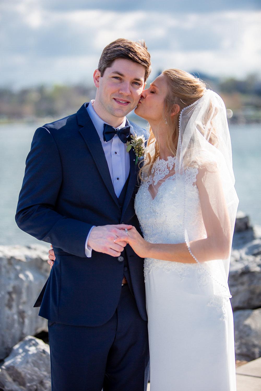 Ventosa-Vineyards-Geneva-NY-wedding-5296.jpg