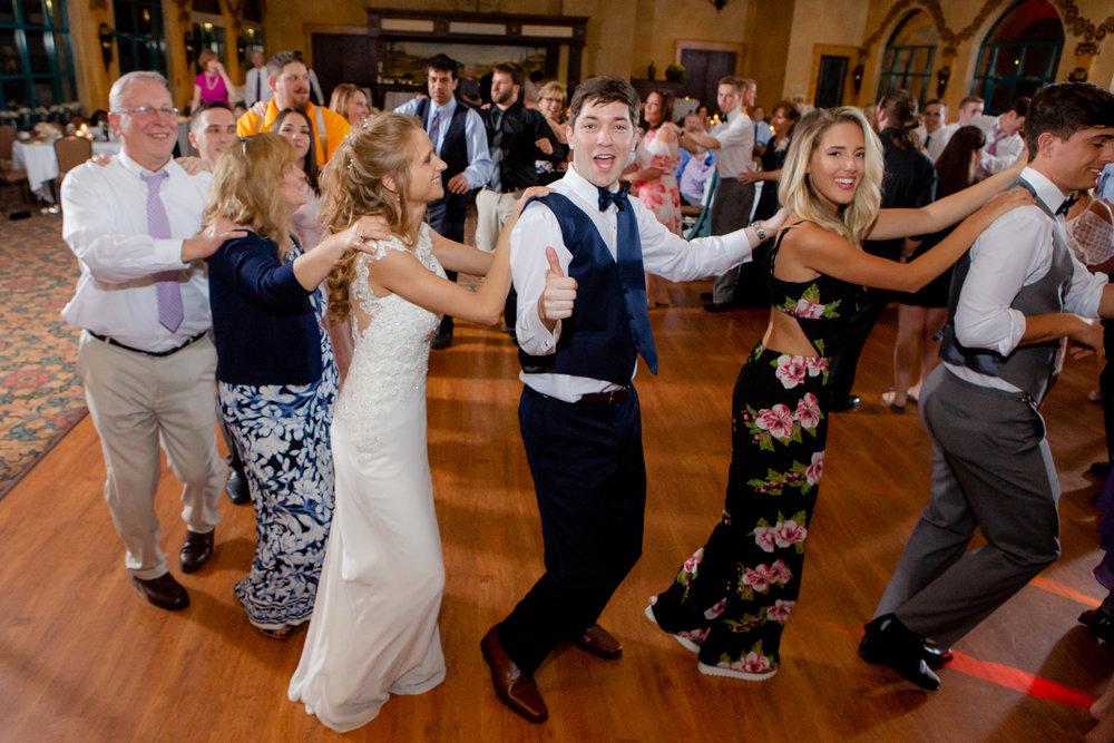 Ventosa-Vineyards-Geneva-NY-wedding-5791.jpg