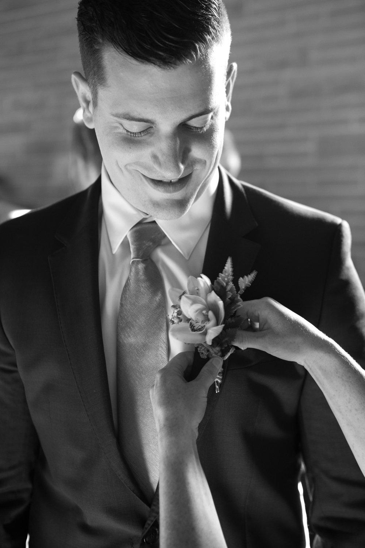 Logan-Ridge-Spanish-Wedding-Hector-NY-5151.jpg