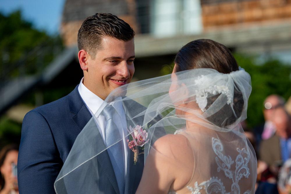 Logan-Ridge-Spanish-Wedding-Hector-NY-5243.jpg