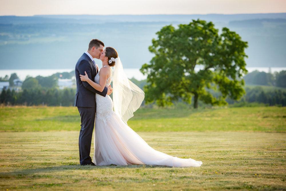 Logan-Ridge-Spanish-Wedding-Hector-NY-5405.jpg