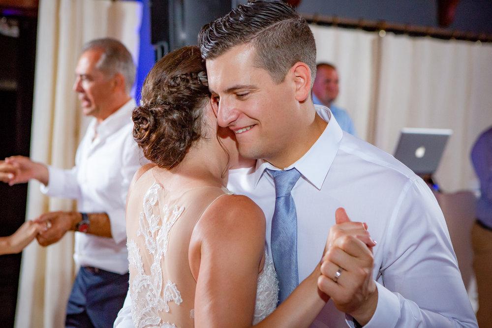 Logan-Ridge-Spanish-Wedding-Hector-NY-5935.jpg