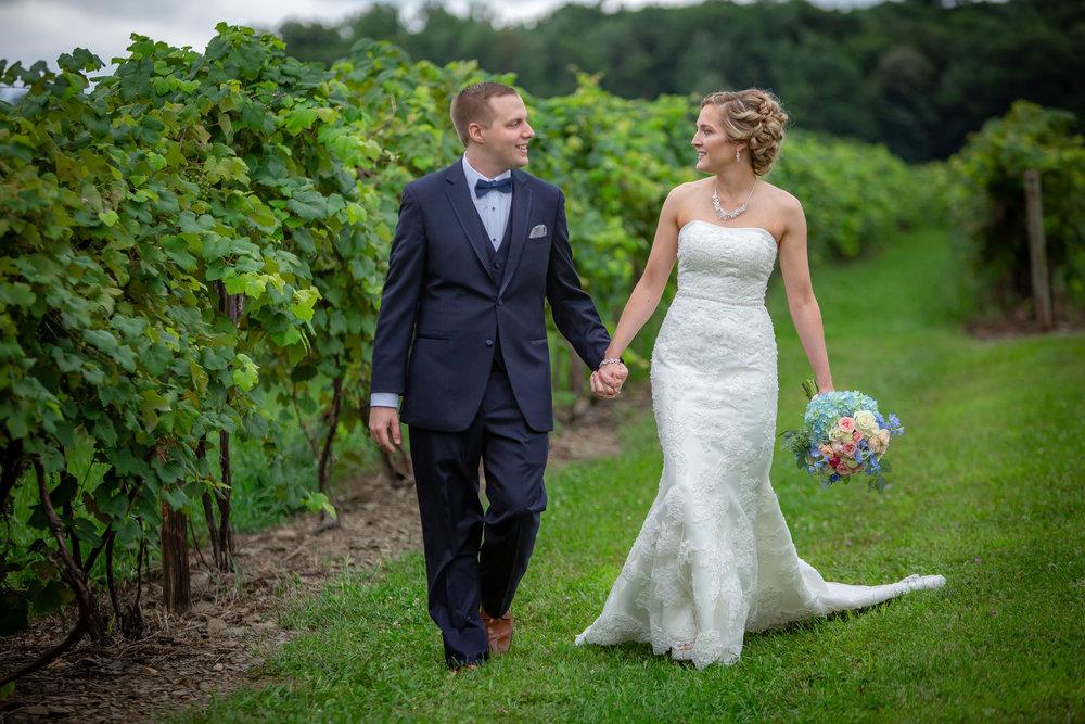 Glenora-Wine-Cellars-Wedding-Dundee-NY-1628.jpg
