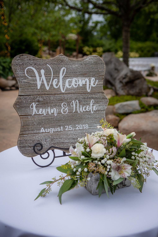 Deerfield-Country-Club-Wedding-5562.jpg