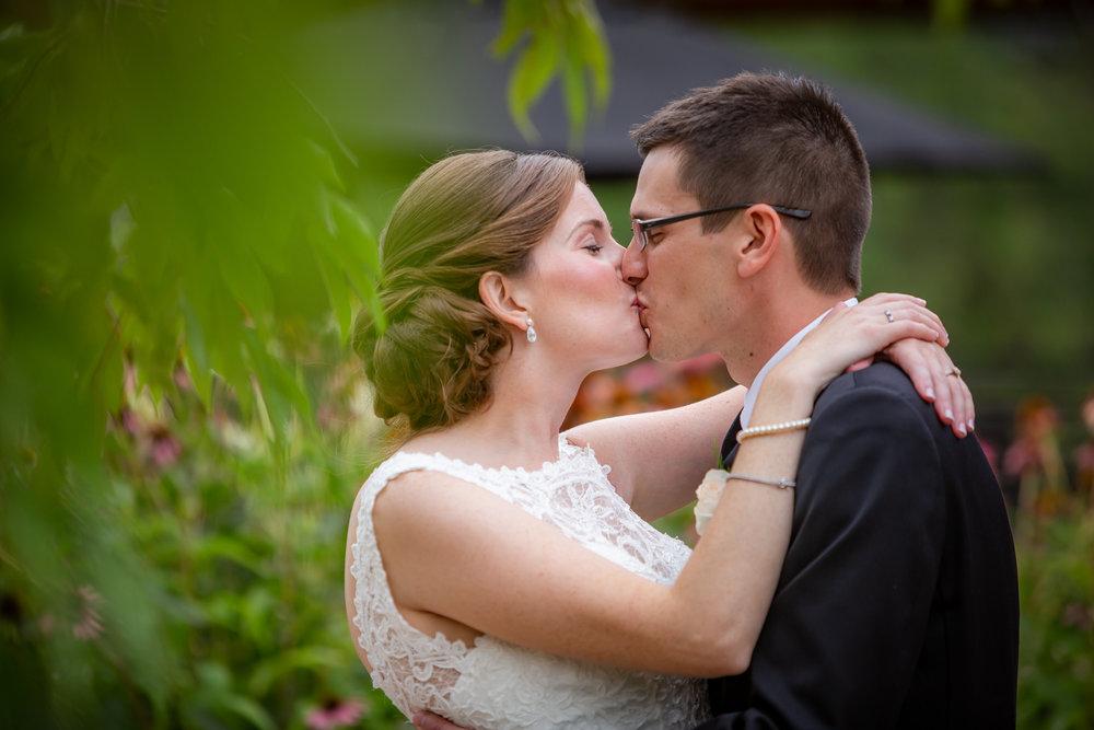 Deerfield-Country-Club-Wedding-6010.jpg