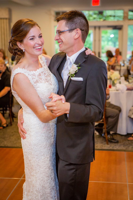 Deerfield-Country-Club-Wedding-6085.jpg