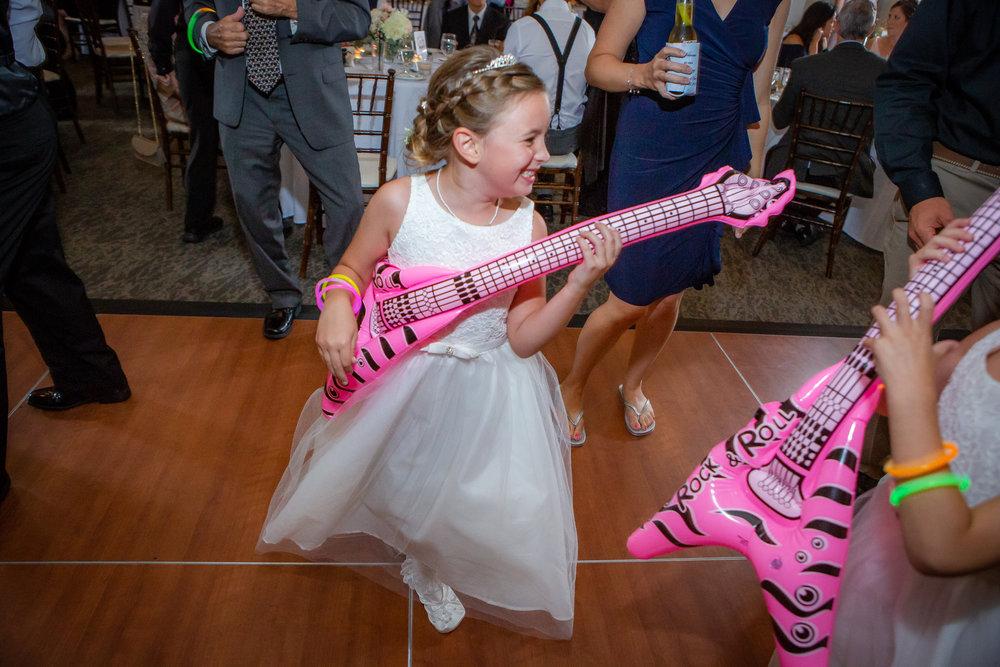 Deerfield-Country-Club-Wedding-6374.jpg