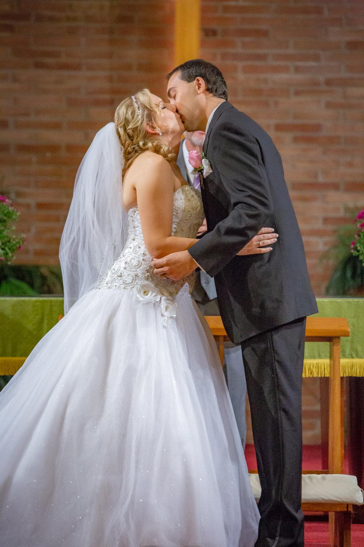 Holiday-Inn-Elmira-NY-Wedding-7819.jpg