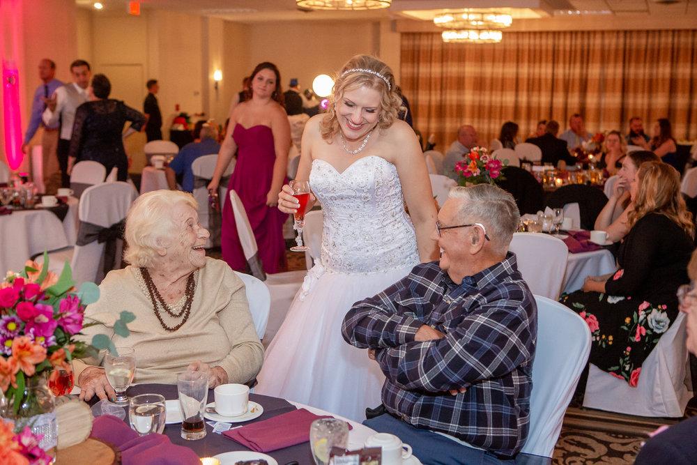 Holiday-Inn-Elmira-NY-Wedding-8248.jpg