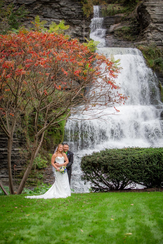 Raddison-Hotel-Corning-NY-Wedding-4250.jpg