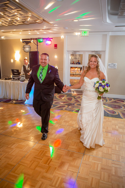Raddison-Hotel-Corning-NY-Wedding-4320.jpg