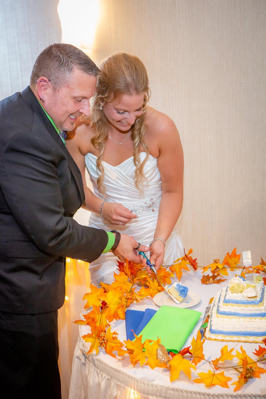 Raddison-Hotel-Corning-NY-Wedding-4552.jpg