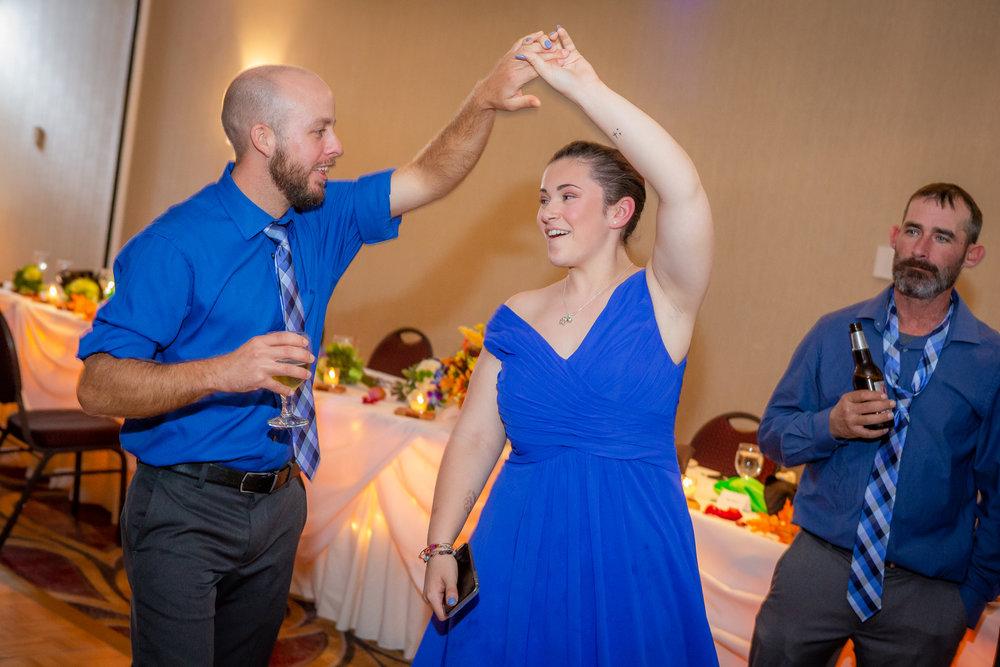 Raddison-Hotel-Corning-NY-Wedding-4598.jpg
