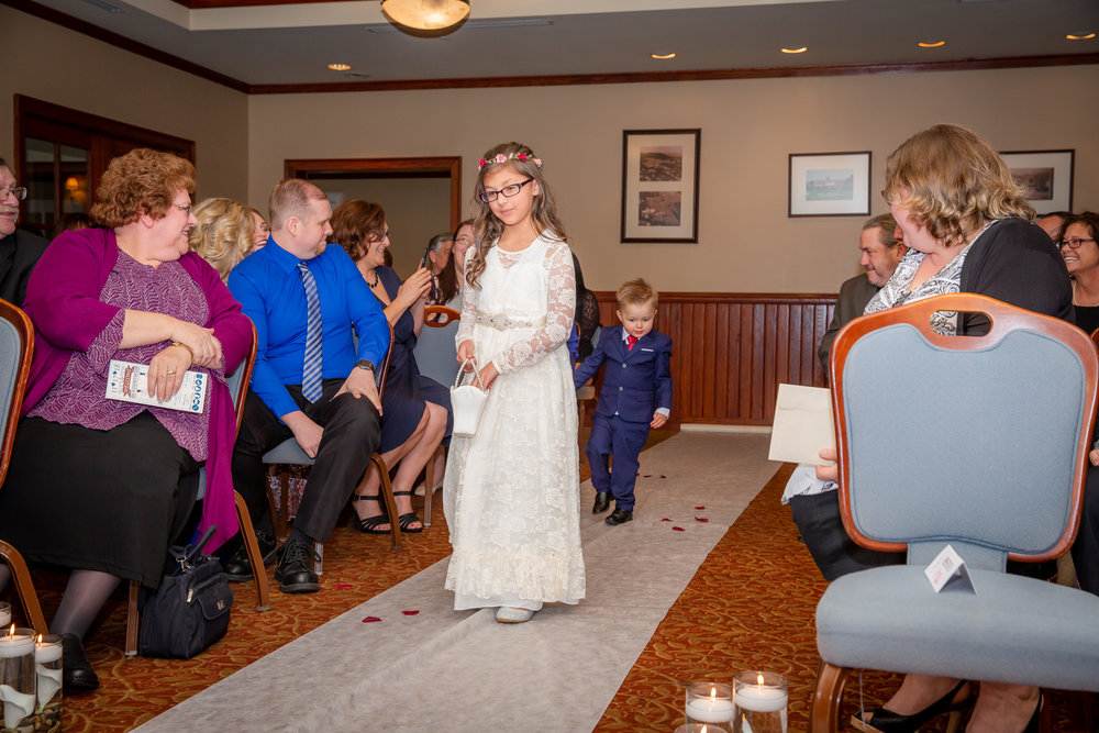 Elmira-Country-Club-Wedding-0209.jpg