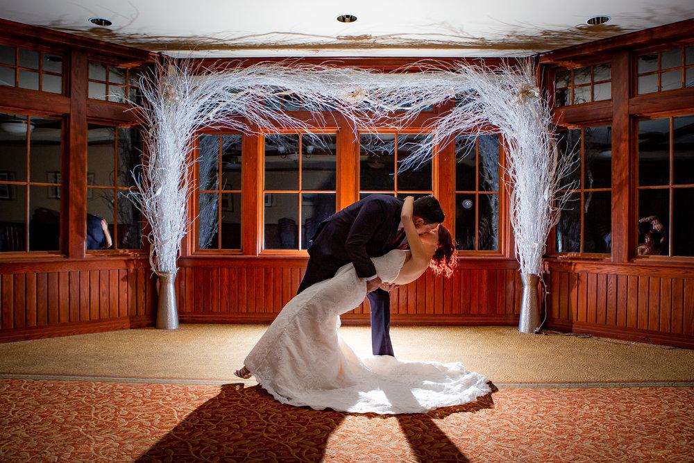 Elmira-Country-Club-Wedding-9021.jpg