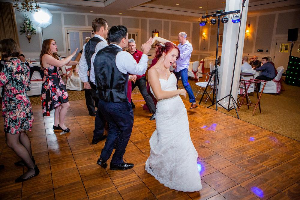 Elmira-Country-Club-Wedding-9264.jpg