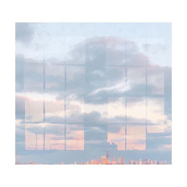 Chicago Skies . . . . . . #misomultiples#subjectivelyobjective#noicemag#hurtlamb#oftheafternoon#paperjournalmag#ifyouleave#yetmagazine#rentalmag#minimalworks#thisveryinstant#liveauthentic#streetphotographers#verybusymag#oftheafternoon#broadmag#shadowsense#selektormagazine#paradisexmagazine#justifiedmagazine#ourmag#fdicct#lensculture#lekkerzine#minimalist#everybodystreet#vsco#fisheyelemag#shotoniphone#instagood#minimal