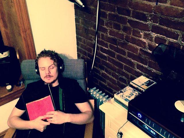 "Nerding out. #vinyl thru headphones - hallucinatory. #amnesiac #radiohead 10"""