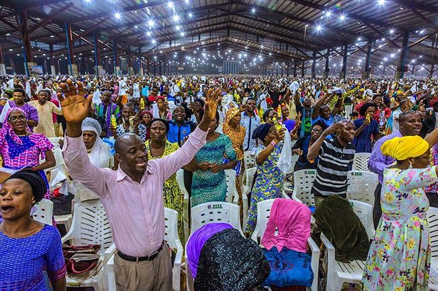Image from a recent assignment  for the Guardian U.K. by Andrew Esiebo. Check more images and read article by Ruth Maclean www.theguardian.com/cities/2017/sep/11/eat-pray-live-lagos-nigeria-megachurches-redemption-camp&ct=ga&cd=CAEYACoTMTMwMDcxNDYyMDkzNjE5MjQ0NDIaN2NkZDIwY2NhMDg2NjJhODpjb206ZW46VVM&usg=AFQjCNEdu6lPk1s912RClX-RI1xtalekzw