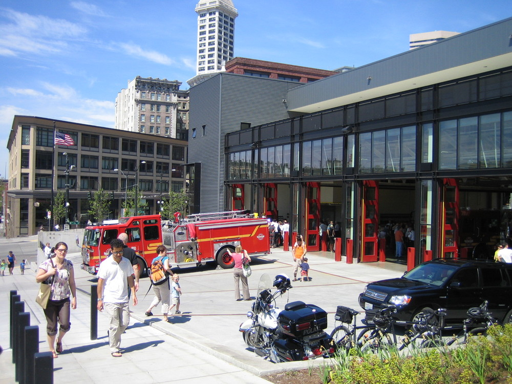 01 GGN FireStation10 2611.jpg