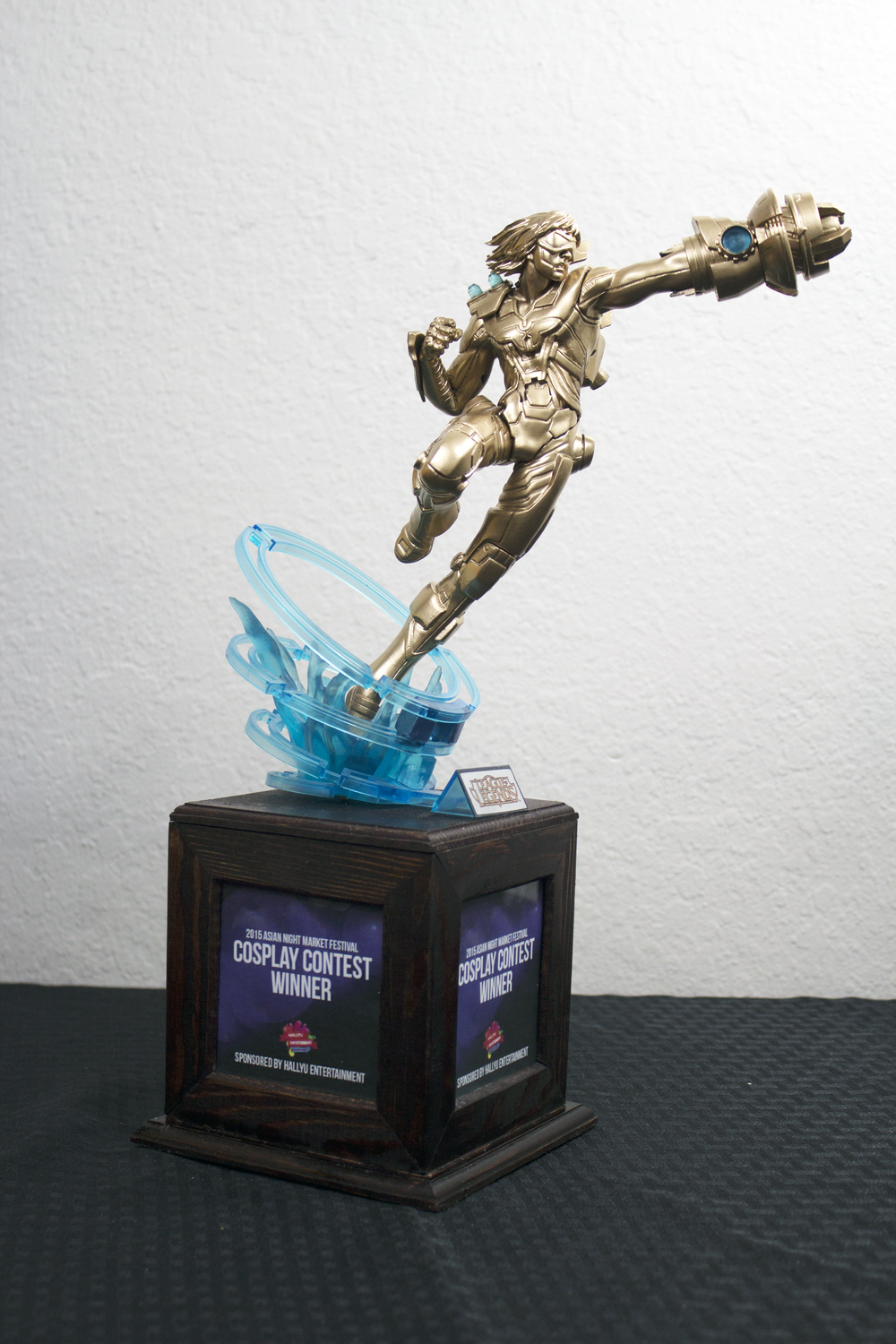 League of Legends Custom Trophy Ezrael