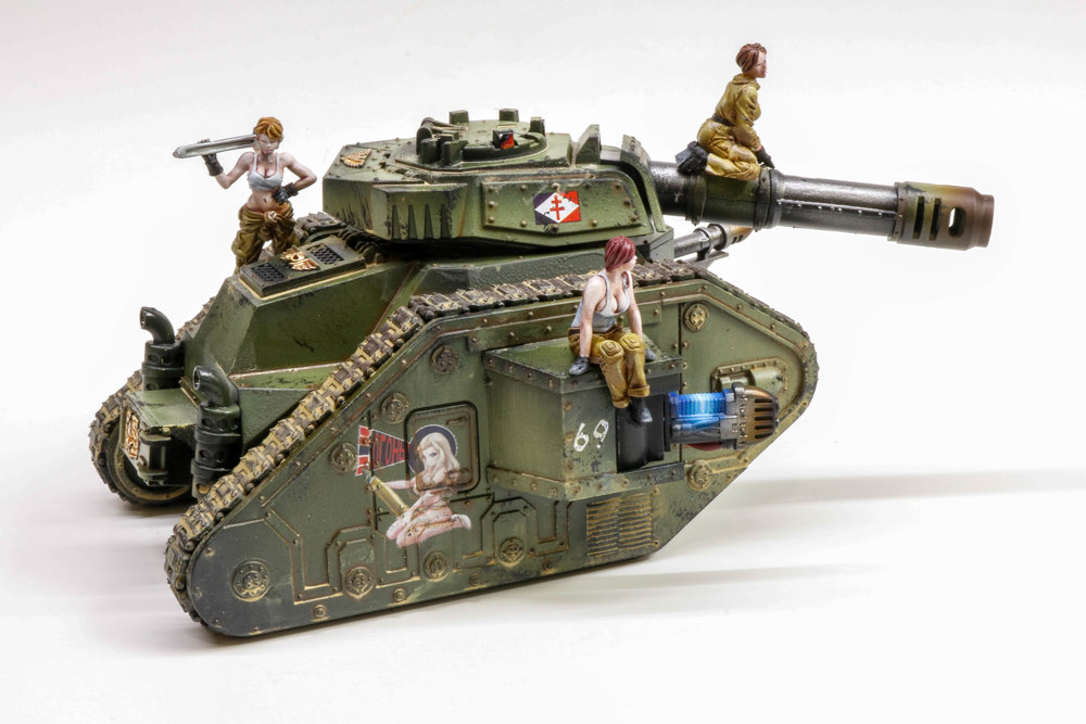 Imperial Guard Leman Russ Pinup Girls-1073.jpg