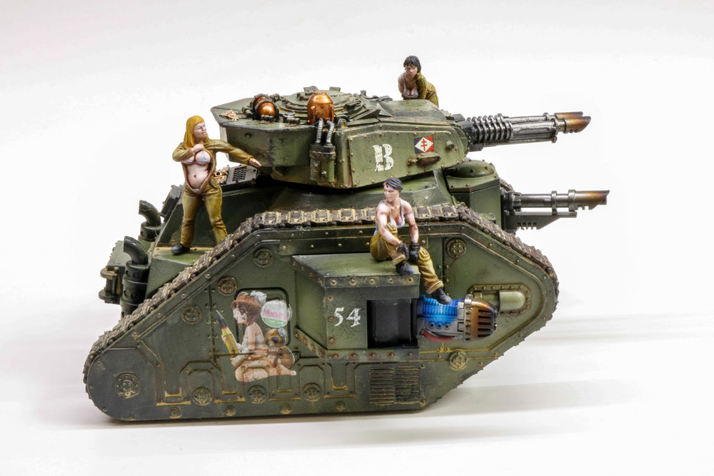 Imperial Guard Leman Russ Pinup Girls-1074.jpg