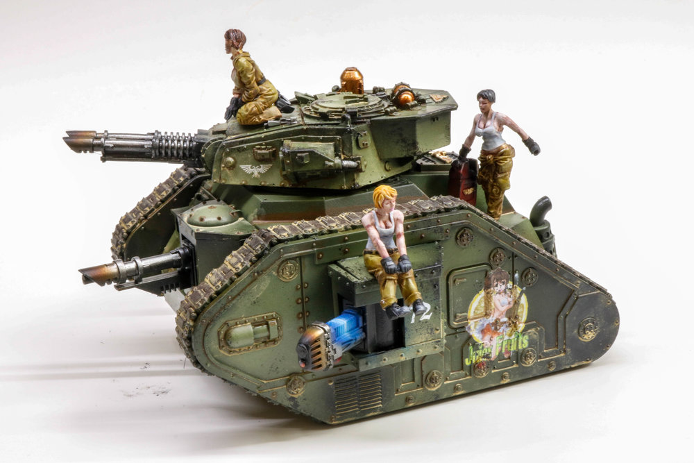 Imperial Guard Leman Russ Pinup Girls-1076.jpg