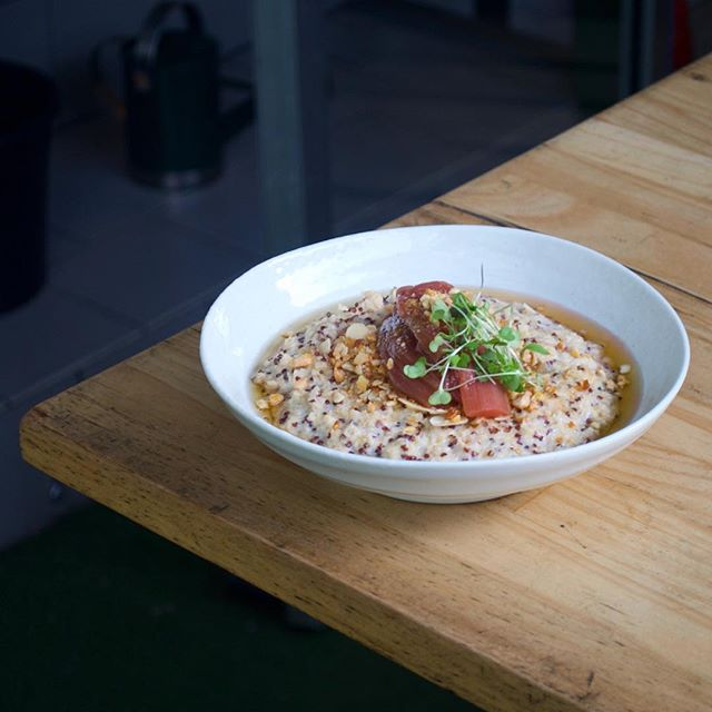 Winter is here and so is our new menu! Get around it 👍🏻 . . . . . . . . #melbourne#foodie#food#melbourneeats#wintermenu#fresh#mebourneweather#winter#porridge#instagood#instadaily#instafood#vscocam#cafe#brunch#restaurant#breakfast#healthy#wholefoods#quinoa#nofilter#melbournestyle#melbournecafe#follow#love#likeforlike