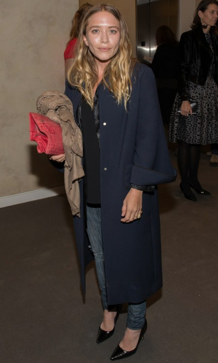 Olsens-Anonymous-Blog-Mary-Kate-Olsen-Olivier-Sarkozy-Take-Home-A-Nude-Benefit-Event-Minimal-Make-Up-Navy-Coat-Blouse-Denim-Patent-Point