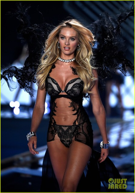 candice-swanepoel-lindsay-ellingson-victorias-secret-fashion-show-2014-25