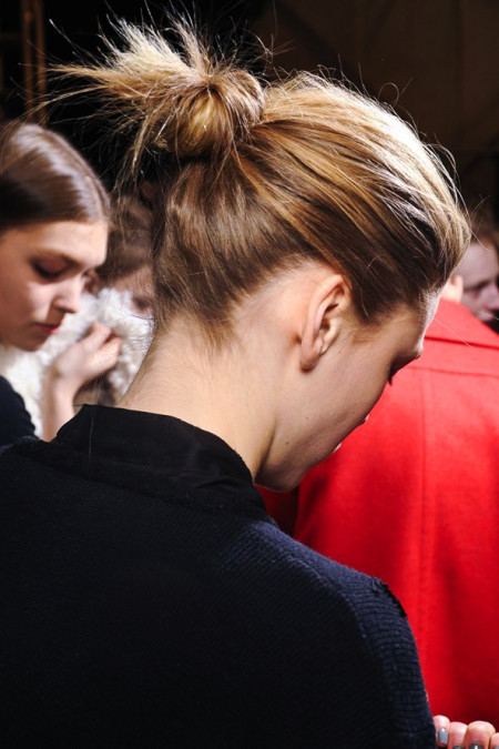 Le-Fashion-Blog-Hair-Inspiration-Effortless-Knotted-Bun-Classic-Chignon-Backstage-Narciso-Rodriguez-FW-2011